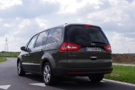 Ford Galaxy tył i bok